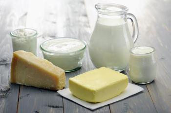 Latte e formaggi, il loro ruolo nella prevenzione dei tumori. L'intervista a Salvatore Panico, epidemiologo clinico
