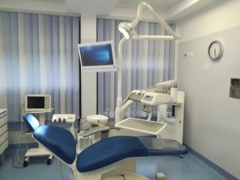 SE Cardinale Sepe inaugura il Centro di alta specializzazione di odontoiatra pediatrica in sedazione al Policlinico Federico II