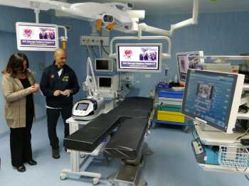 Laser a luce pulsata donata alla Chirurgia Pediatrica del Policlinico Federico II