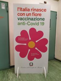 Vaccino anti Covid, al Policlinico Federico II utilizzate il 100% delle 390 fiale ricevute. Vaccinati 2218 dipendenti